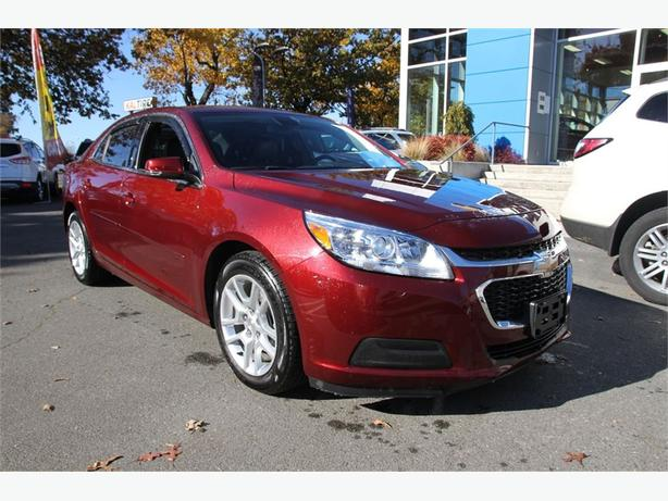 2015 Chevrolet Malibu LT Locally owned low KM's