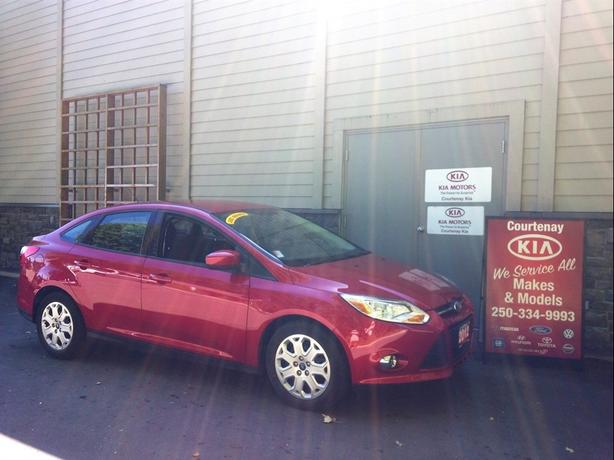 2012 Ford Focus SE **Includes $300 Gas Card**