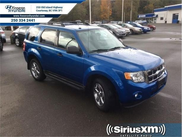 2011 Ford Escape XLT AWD  - local - trade-in
