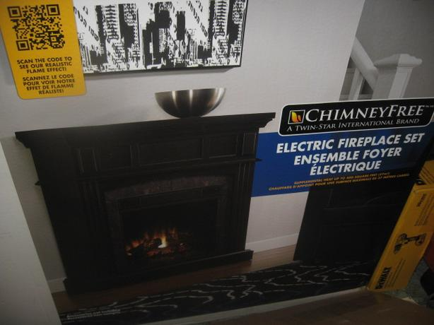 Floor Standing Electric Fireplace w/ mantle, unopened