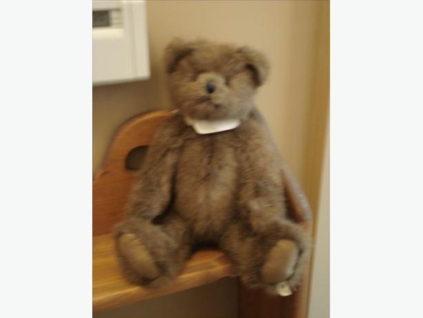 REDUCED - BOYD BEAR HENDERSON S. BEARSWORTH