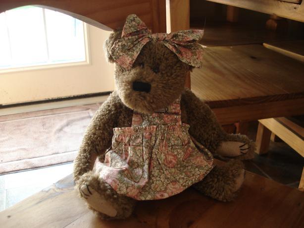 REDUCED - Boyd Bear Liza J. Berrijam