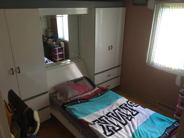 Bedroom Unit Space Saver , negociable