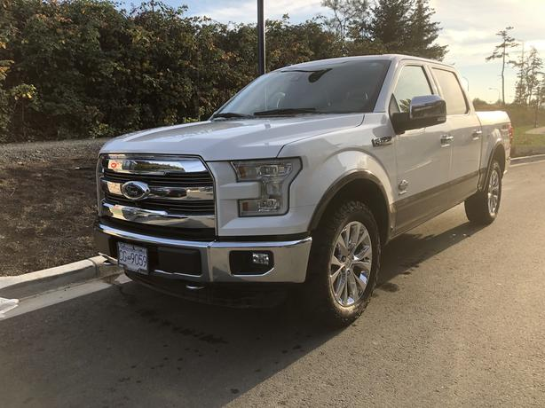 2015 ford F150 King Ranch EcoBoost- ABSOLUTELY LOADED