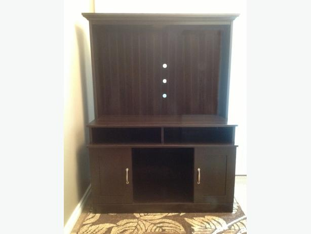 Home theater TV stand