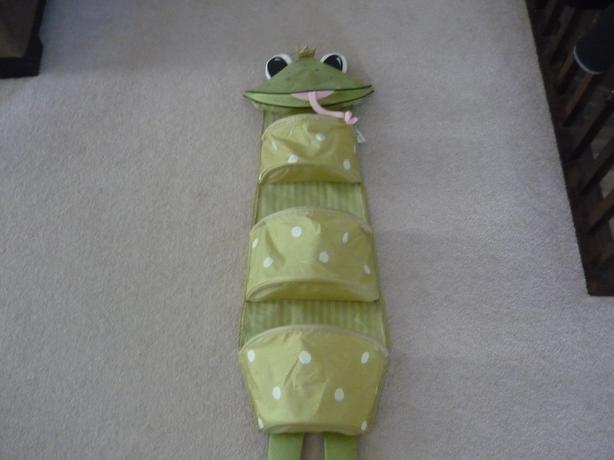 Ikea Fabler Groda Frog Prince Hanging Wall Storage