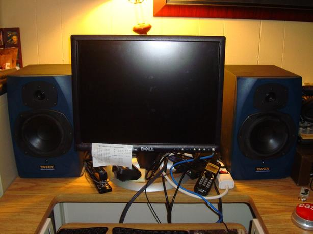2 Like New Tannoy Fusion Speakers High Quality - $400 pair