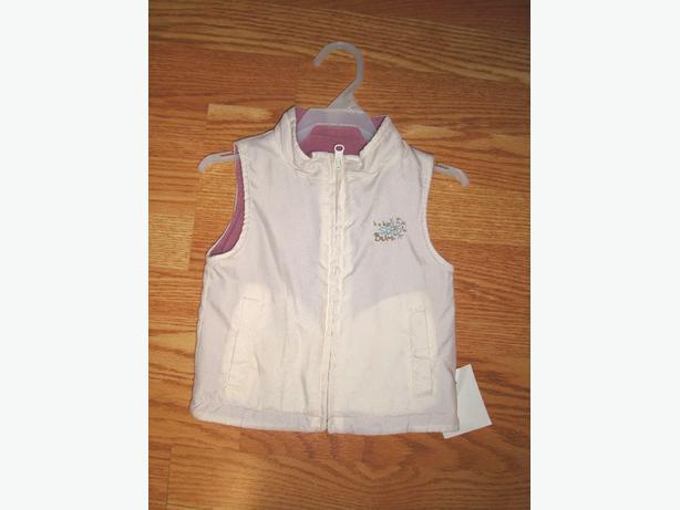 Like New Ski Bum White Fleece Vest Coat size 12-18 months - $3