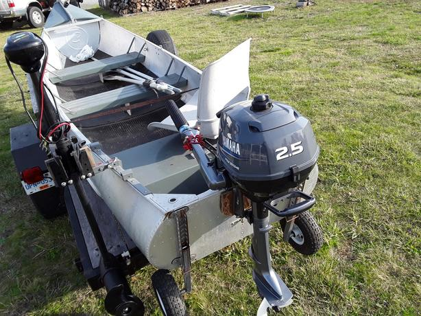  Log In needed $3,000 · 15 5' Grumman Aluminum Canoe Package & Trailer