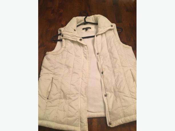 Women's White Vest, size medium