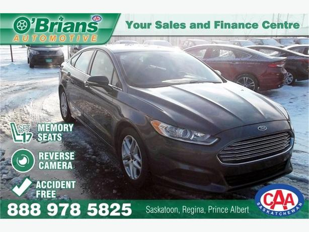 2015 Ford Fusion SE - Accident Free!