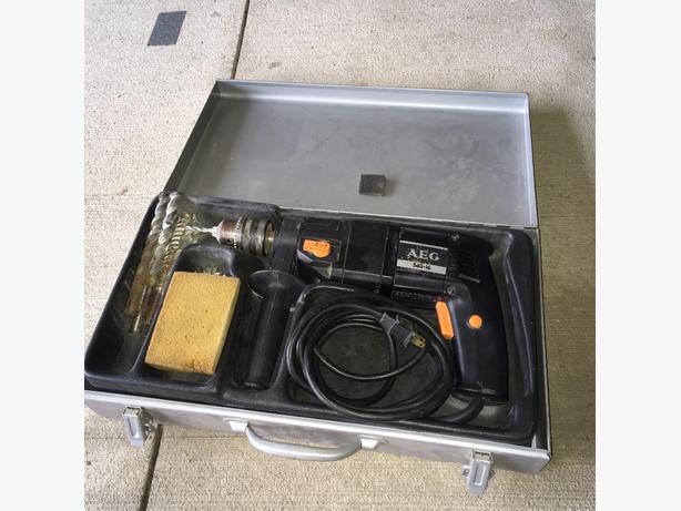 AEG Percusion Drill SB2-16