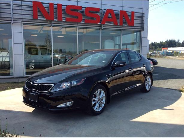 2013 Kia Optima EX Turbo Loaded, Leather!
