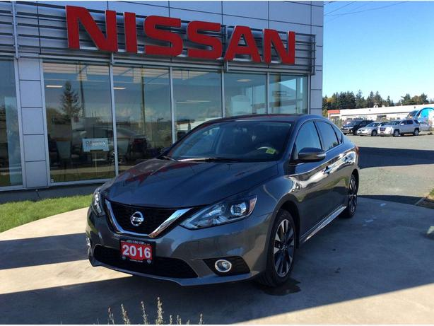 2016 Nissan Sentra 1.8 SR Back-up Camera, Sunroof!