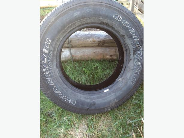 275/65/r18 tires