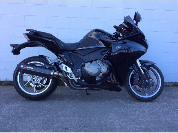 2010 Honda VFR1200F ABS with many extras!!!