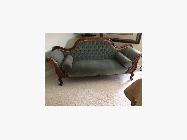 Early Victorian hand carved Love Seat