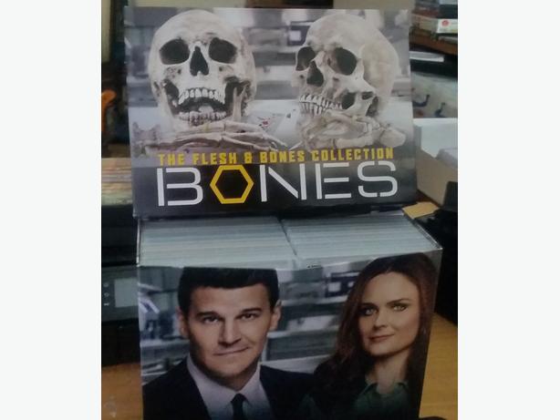 Bones: The Complete Series / 12 Seasons Box Set