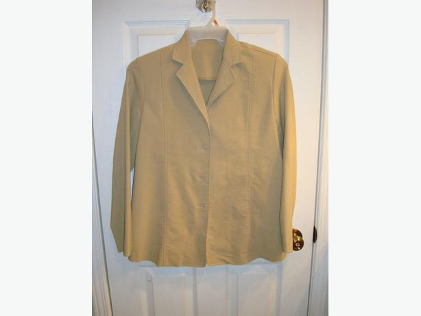 Like New Clothing Maternity Dress Coat Beige Adjustable Size L - $20