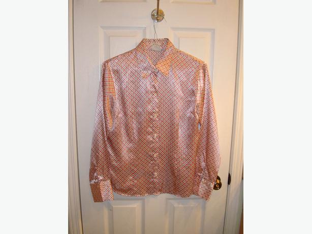 New Natural Exchange Blouse Shirt Size L - $15