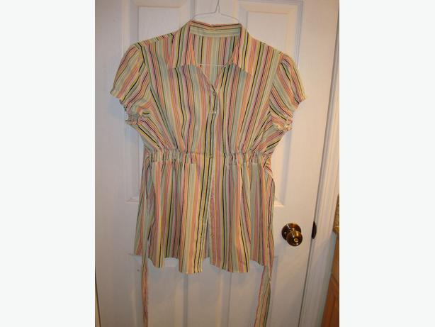 Like New Maternity Top Short Sleeve Bright Stripes Size S_M - $15