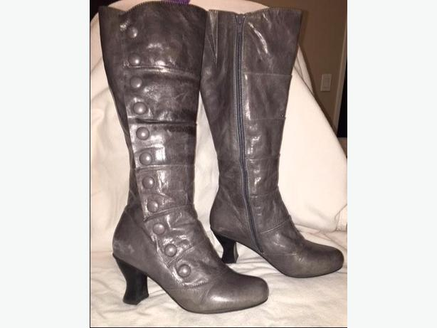 Grey Leather Boots - Size 5