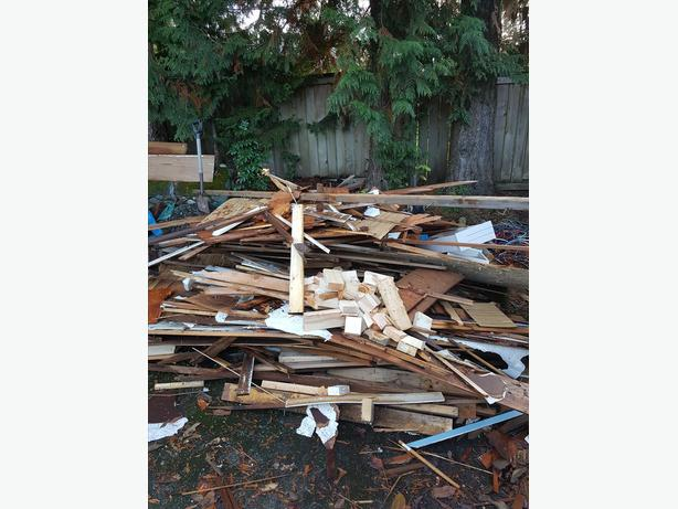 FREE: Lumber for firewood