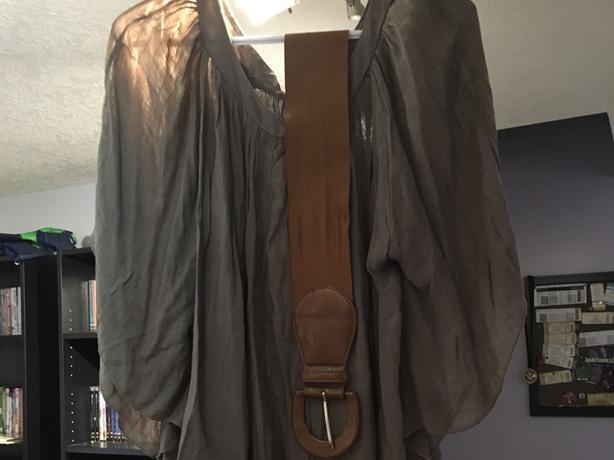 Bat wing shirt with belt