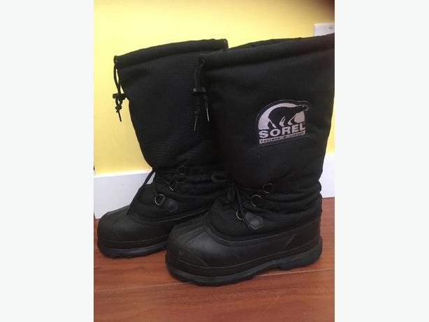 Sorel adult/teen snow boots $20 obo