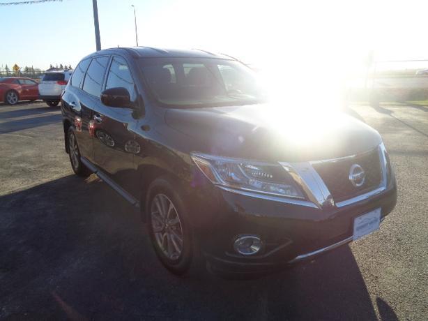 2014 Nissan Pathfinder #I5898 INDOOR AUTO  SALES WINNIPEG