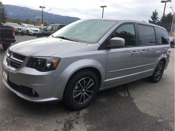 2017 Dodge Grand Caravan GT - Top of the line, but for base model price!