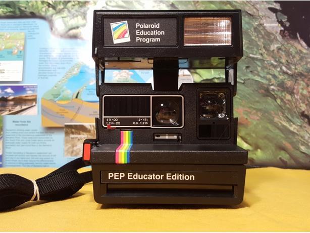 Polaroid PEP 600 Instant Camera~MINT CONDITION