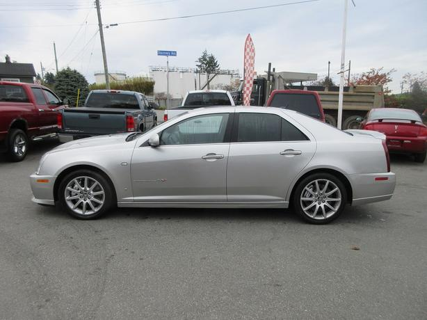 ON SALE! 2006 CADILLAC STS-V 4.4L V8 - SUPERCHARGED! BACKUP SENSORS!