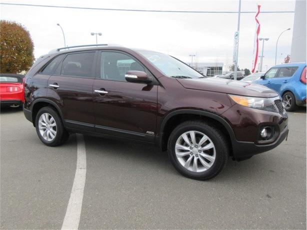 2011 Kia Sorento LX AWD Fantastic Condition Low Kilometers