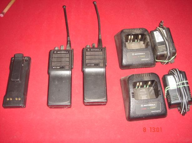 Motorola LONG RANGE Walkie-Talkies