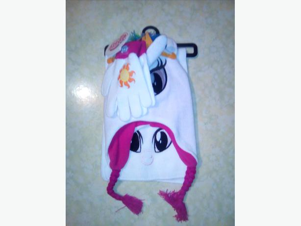 My Little Pony Princess Celestia Trapper Hat, Scarf and Gloves Winter Set