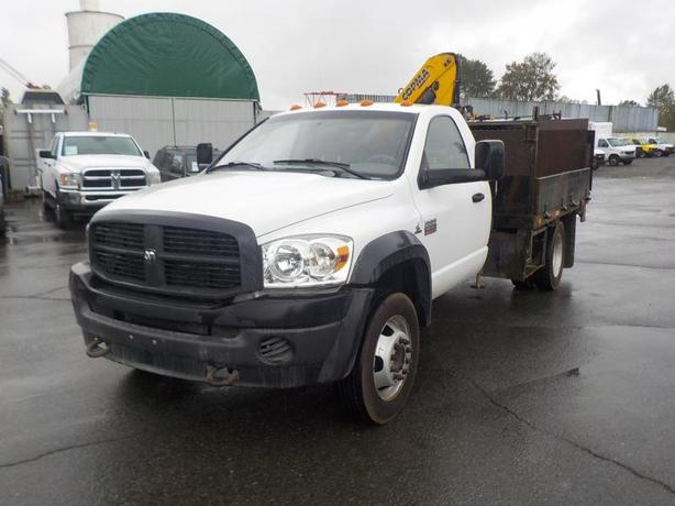 2009 Dodge Ram 5500 Regular Cab Dually Cummins Diesel 9 Foot Flat Deck 2WD w/ Cr
