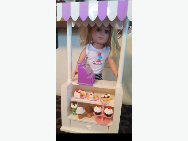 Doll and Dessert Stand Set