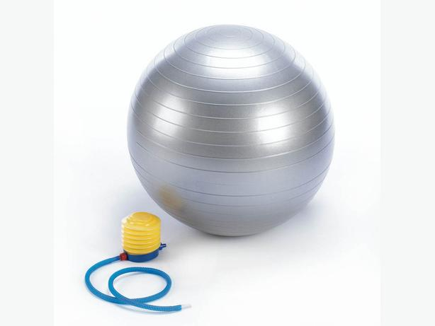 Exercise Fitness Ball & Pump Jump Rope Hand-Grips Calorie Counter Muscle Roller
