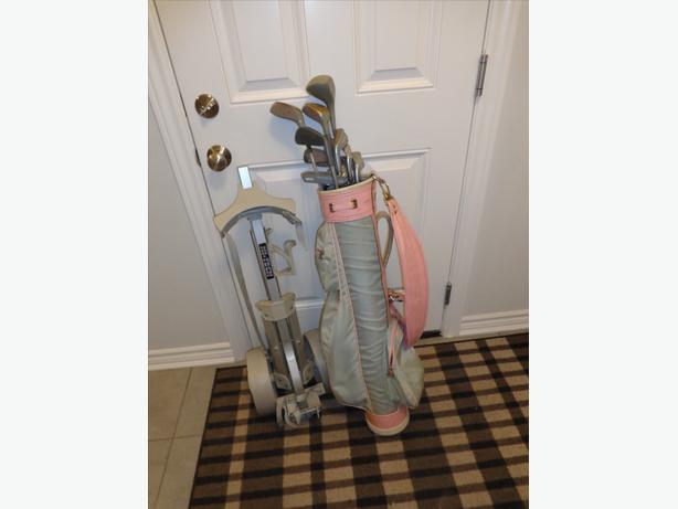 FREE set of Left handed Golf clubs with bag and pull cart