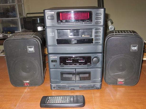 HITACHI STEREO WITH PYRAMID SPEAKERS