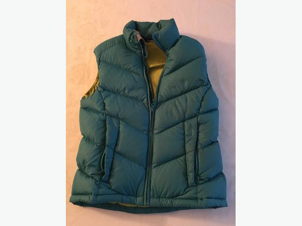 Ladies Down Jacket and Vests Size XS - 3 for Sale