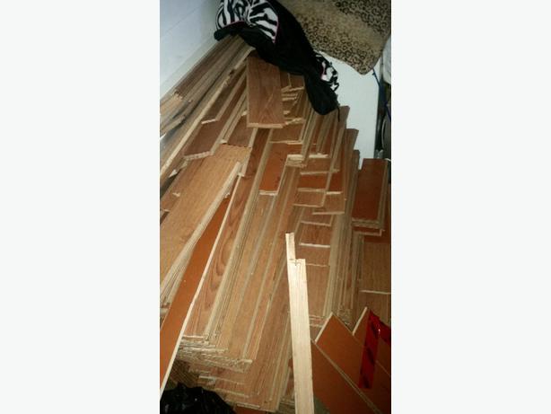 Roughly 300 sqft of laminate flooring
