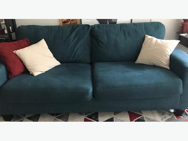 Like-new blue couch