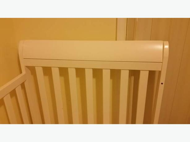 Crib baby -toddler Excellent Condition