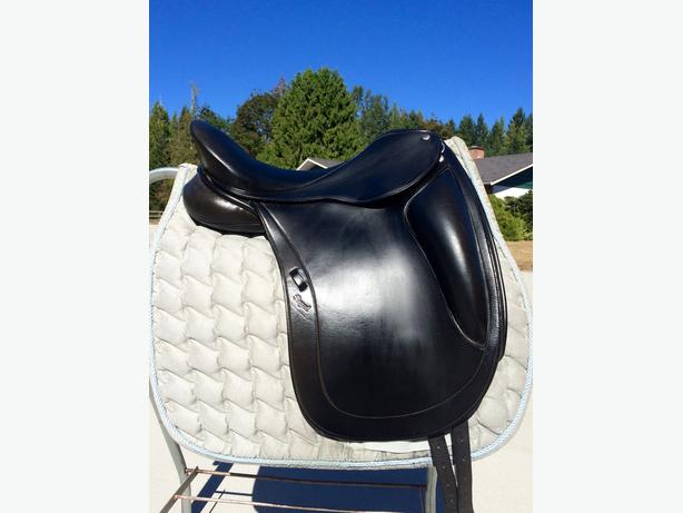 "16.5"" Regal Dressage Saddle"