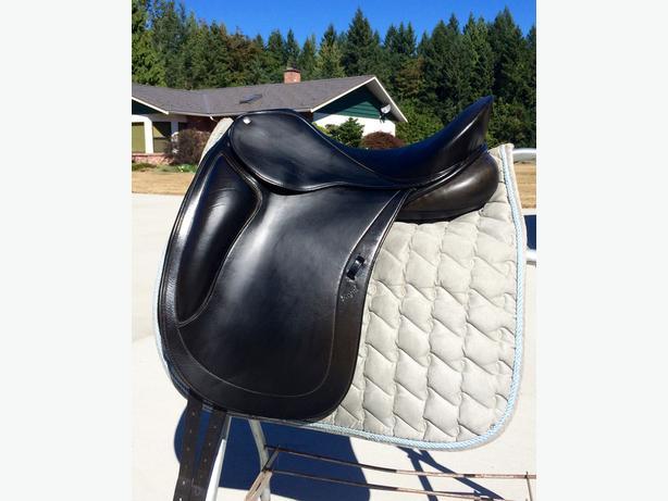 "16.5"" Regal Dressage Saddle"