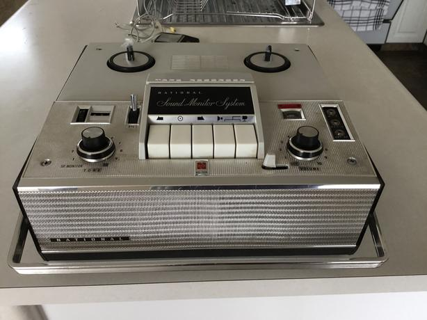 VINTAGE 1969 NATIONAL SOUND MONITOR SYSTEM