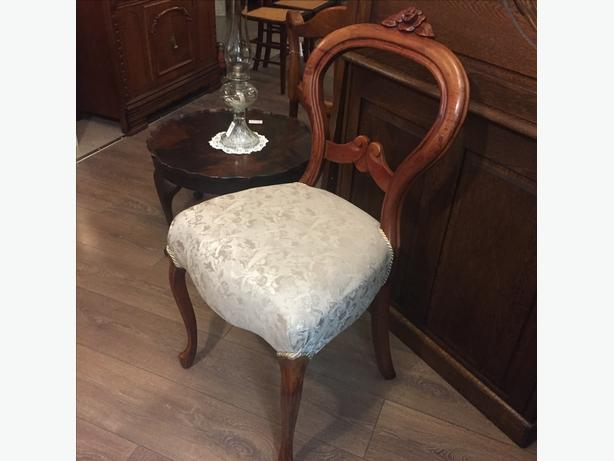 Set of 4 Balloon Back Chairs