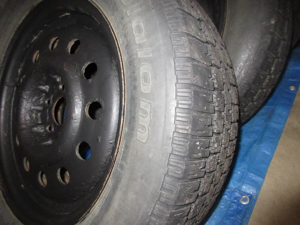 SNOW TIRES USED